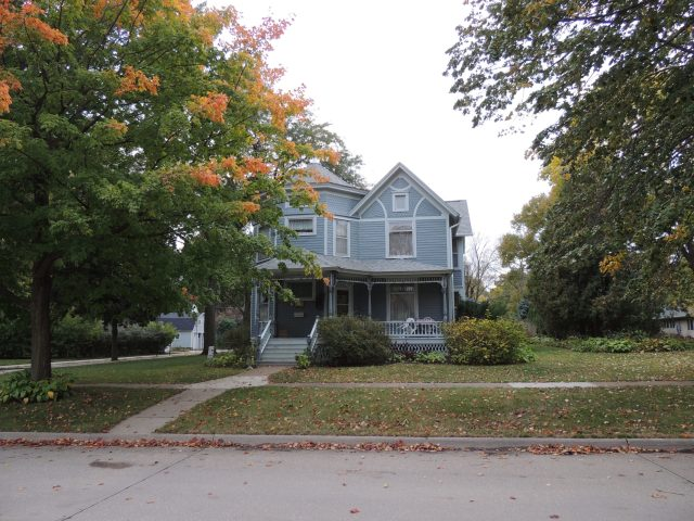 Photo of house at 703 6th Avenue