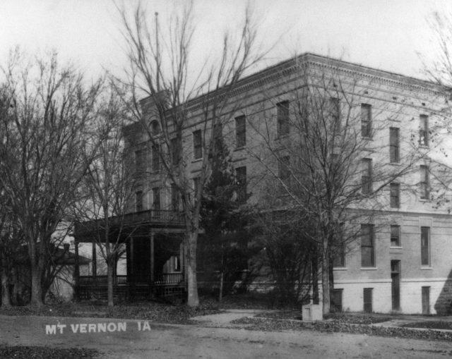 Altoona Hotel - Hall