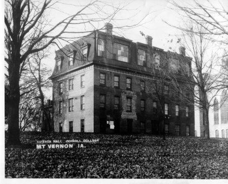 photo of Old Sem-1905