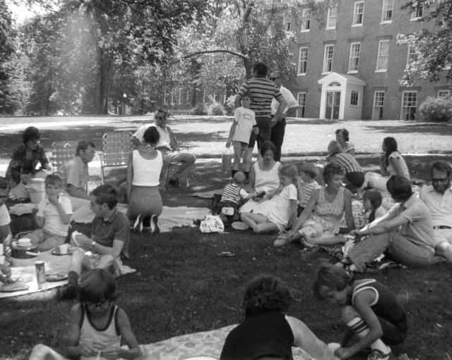 photo of U.S. Bicentennial Picnic-1976