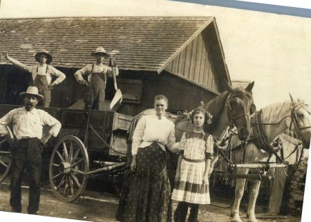 photo of Unidentified Family-1930