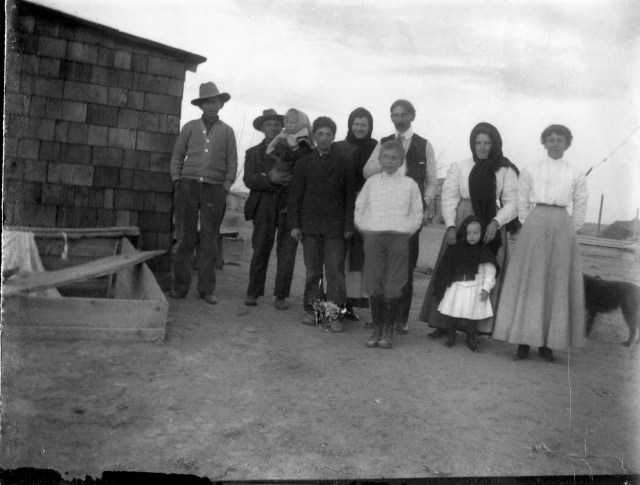 photo of Unidentified Family