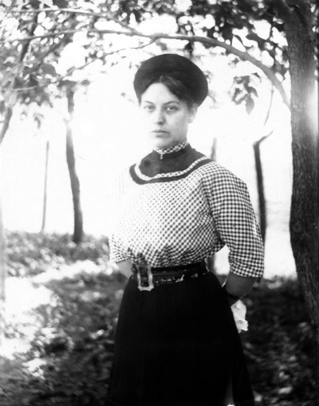 photo of Unidentified Woman-1915