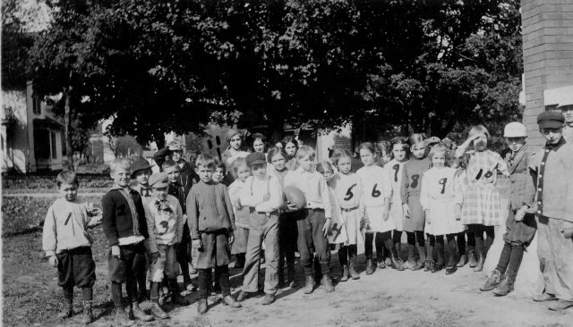 photo of 4th Grade Postcard