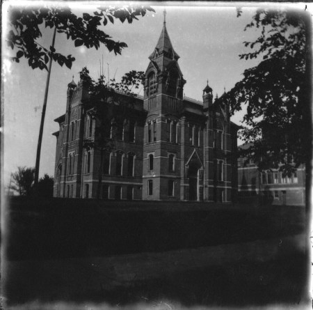 photo of Unidentified Building-1910