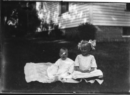 photo of Unidentified Children-1910