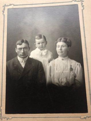Photo of Frank, Clarence, Mamie Pitlik