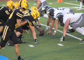 As league play begins, Spartan football looks to 2016 success for inspiration