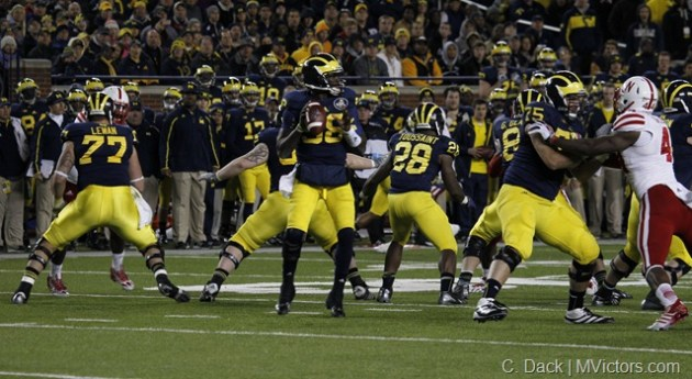 Michigan Offensive Line - Old School MANBALL