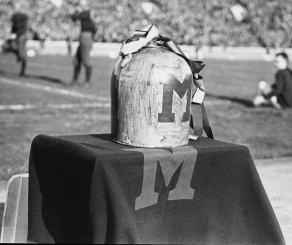 Michigan Jug 1920s