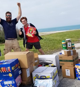 MVPH-Happy-Volunteers-and-New-Shipment-of-Food