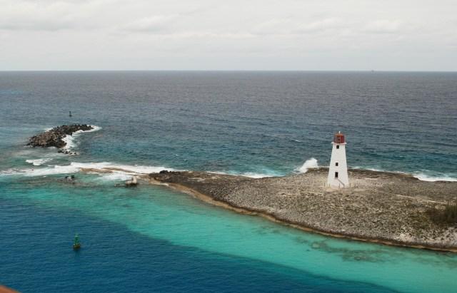 Paradise Island Lighthouse, Nassau, Bahamas   67' (19m)   Built 1816