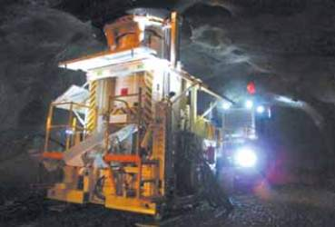 Reef Boring Machine performing automated mining