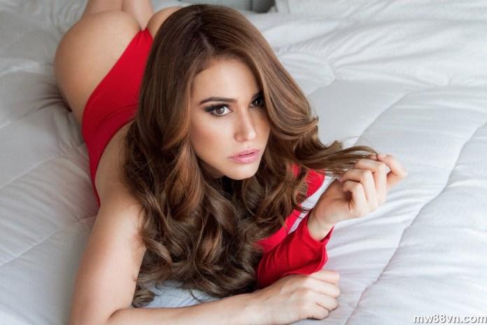 bộ ảnh nóng bỏng mắt của nữ mc thời tiết mexico yanet garcia