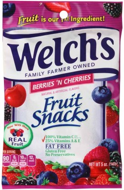 WELCH'S FRUIT SNACKS BERRIES & CHERRIES 5 OZ