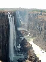 Vista de las cataratas desde Zambia.