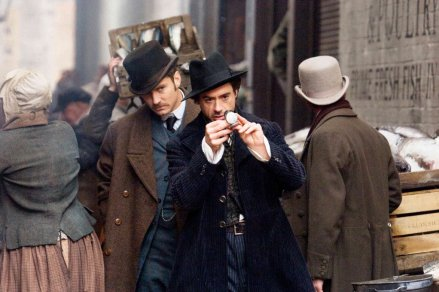 Jude Law and Robert Downey Jr in a steampunk Guy Ritchie adaptation