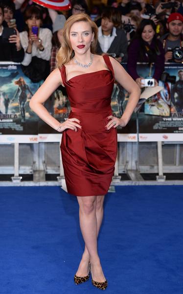 Captain America 2 Scarlett