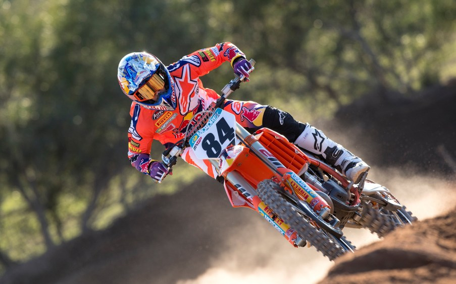 220309_Herlings_2018_KTM_action_RA_2218.jpg#asset:4692
