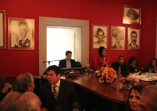 siqueiros bohemian bar-