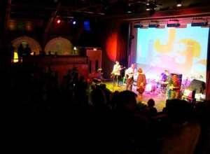 Hjaltalin var første nordiske band på aftenen der fik gennemført en hel koncert
