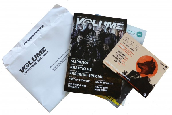 Volume subscribers recieved Ja Ja Ja material along with their November issue