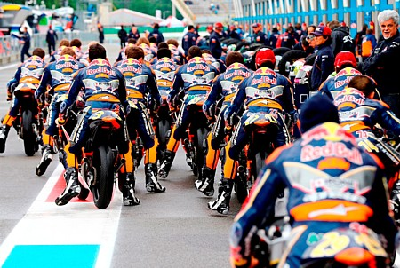 RB MotoGP Rookies Cup_lifestyle