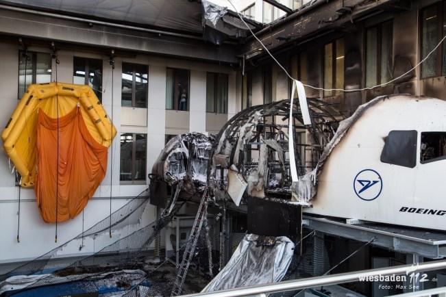 Brand eines Flugsimulators bei Condor in Gateway Gardens am Frankfurter Flughafen