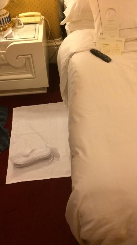 How to check an hotel