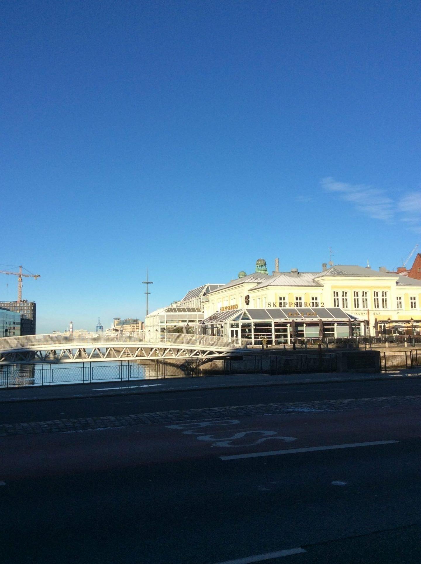 IMG 0204 1440x1928 - Malmö: a modern city