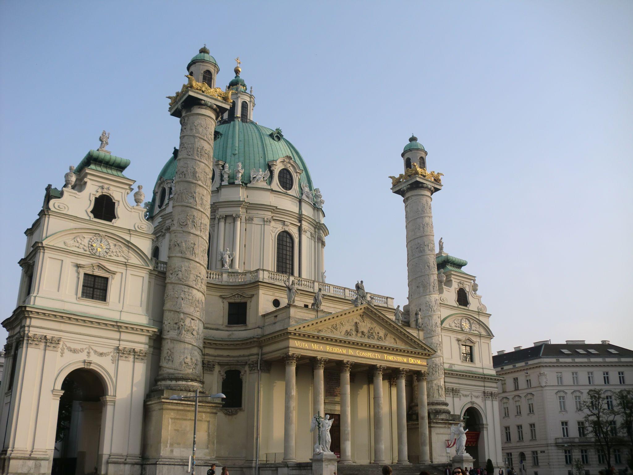 Vienna Opera 20 1440x1080 - Vienna: elegant beauty