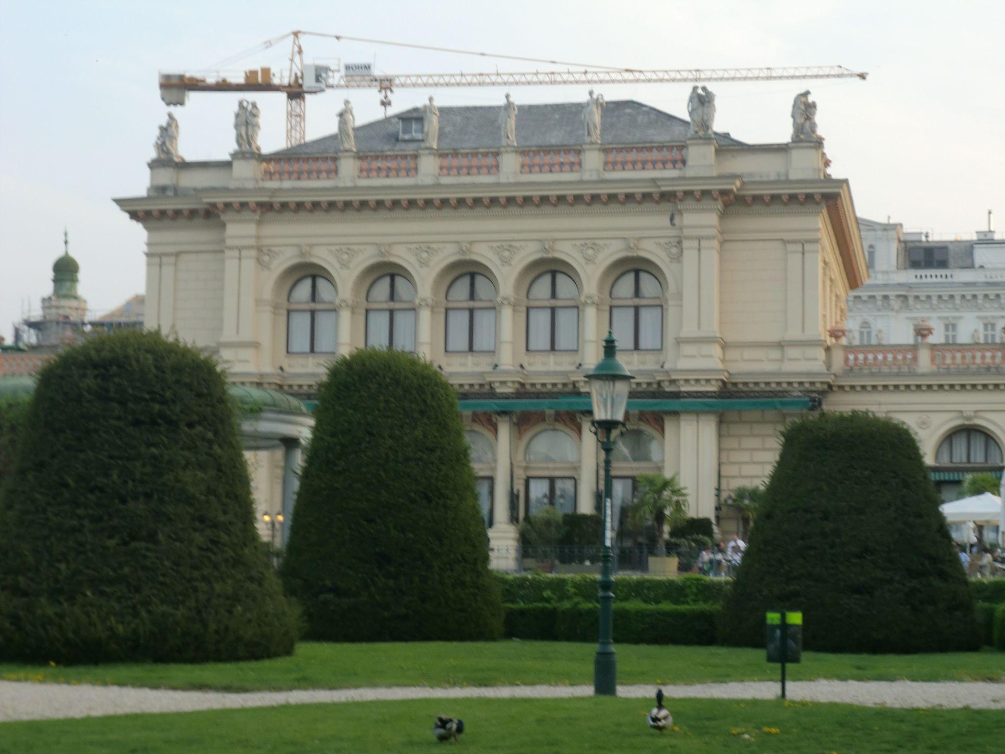 Vienna Opera 23 1440x1080 - Vienna: elegant beauty
