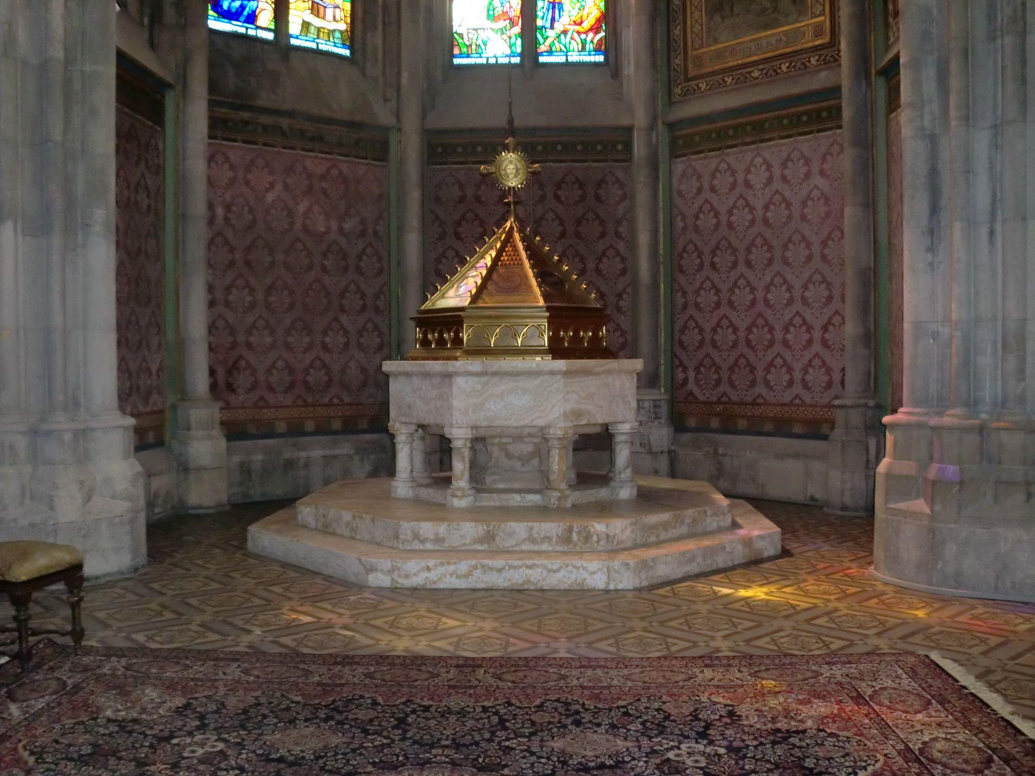 Vienna cathedral 21 1440x1080 - Vienna: elegant beauty