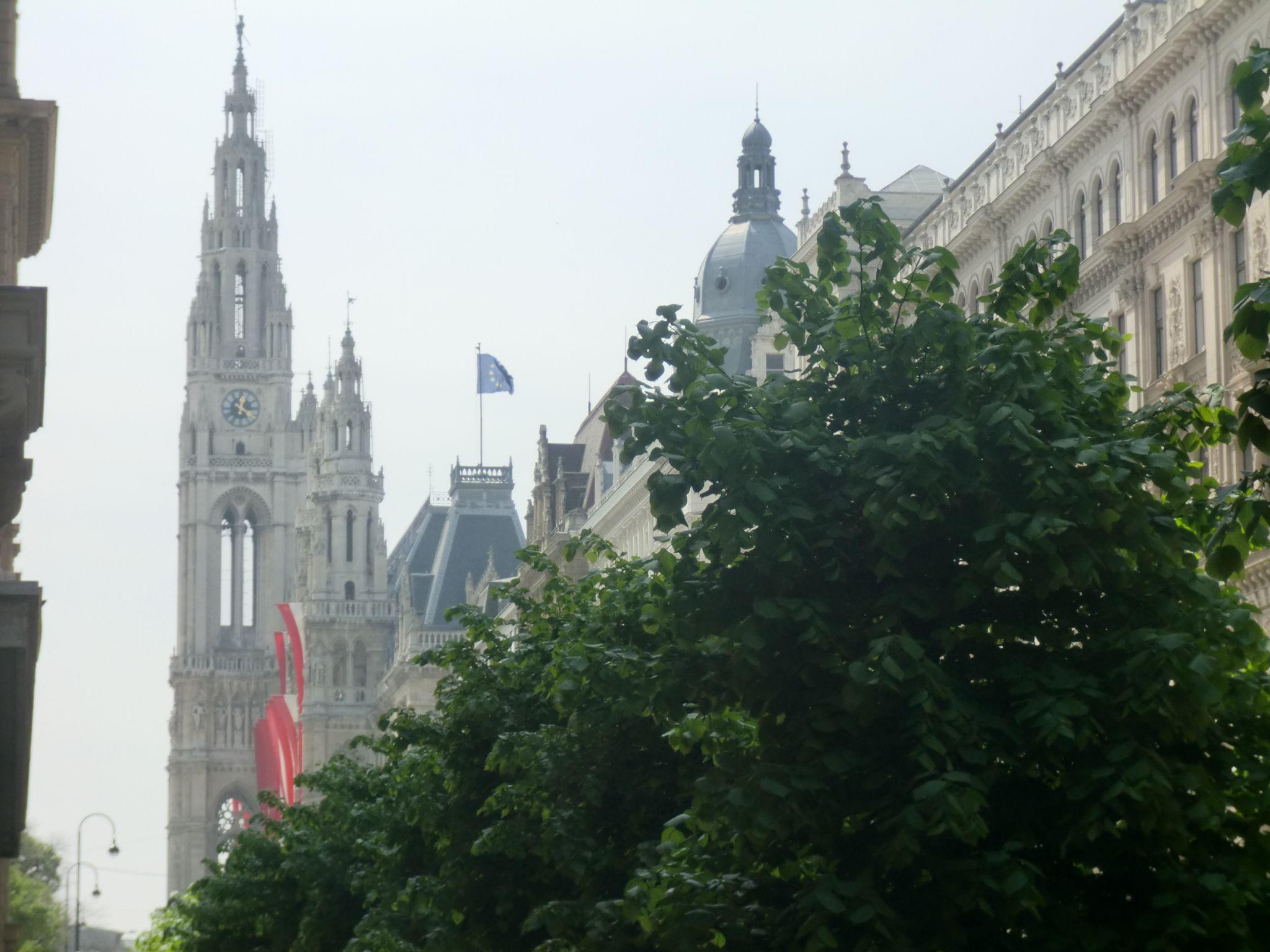 Vienna cathedral 26 1440x1080 - Vienna: elegant beauty