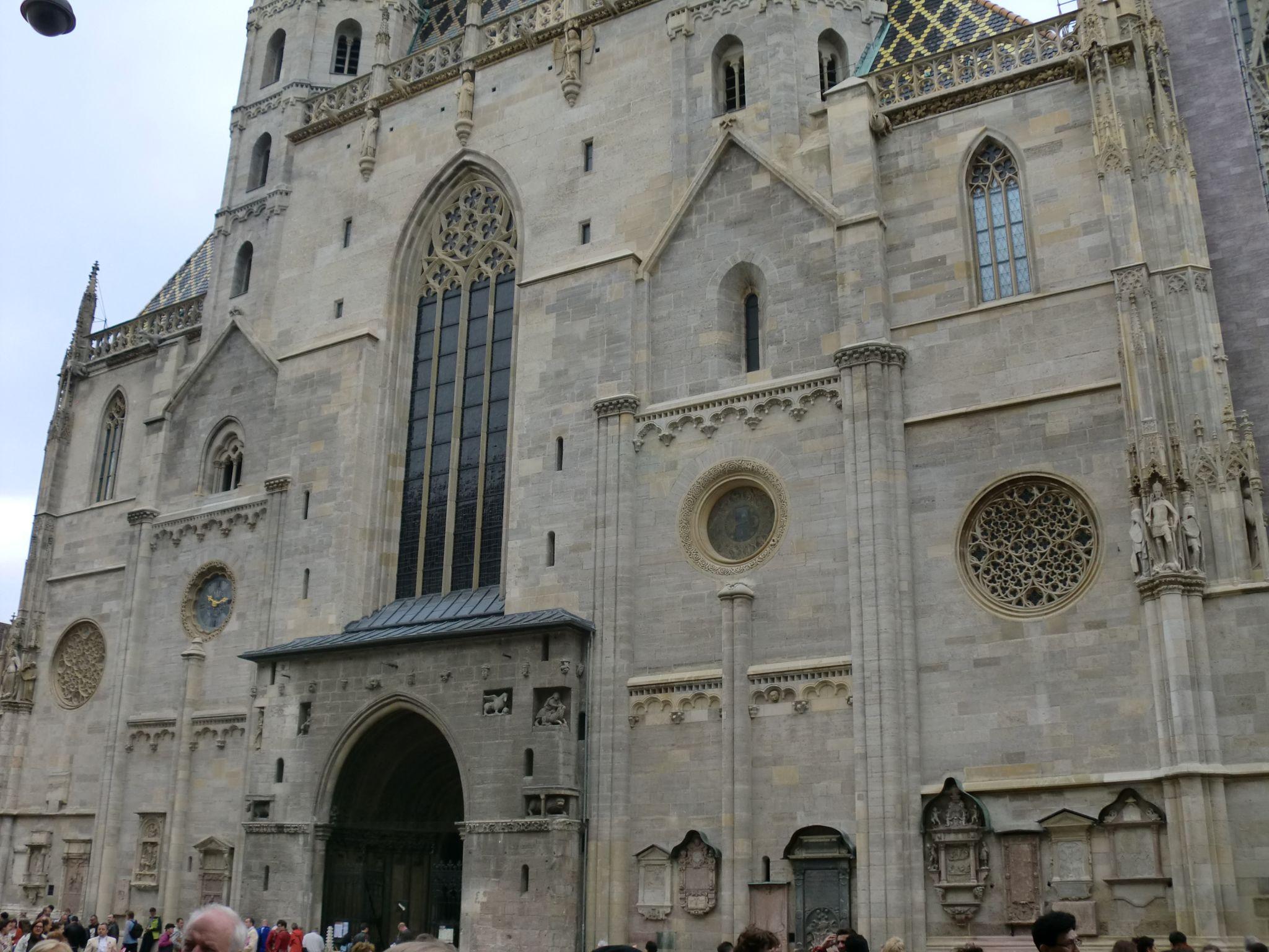 Vienna cathedral 28 1440x1080 - Vienna: elegant beauty