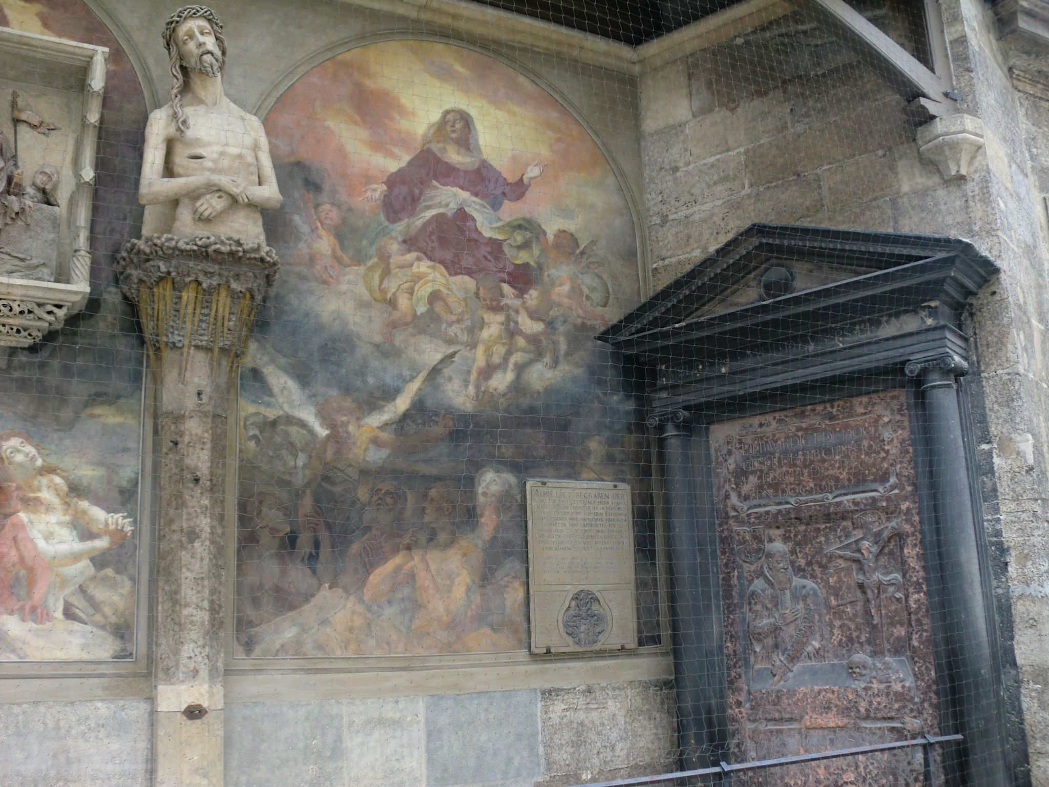 Vienna cathedral 42 1440x1080 - Vienna: elegant beauty
