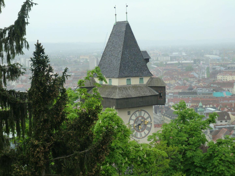 Graz clock tower 5 - Graz: tradition and modernity