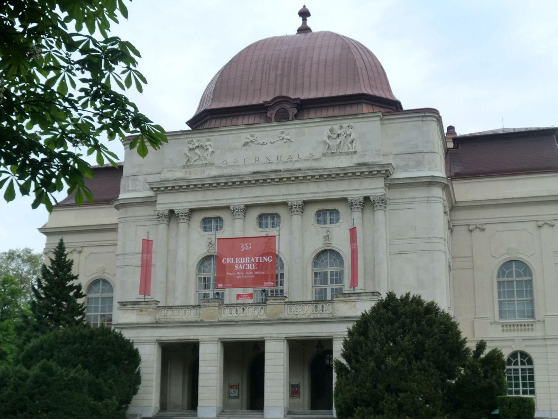 Graz opera 3 - Graz: tradition and modernity