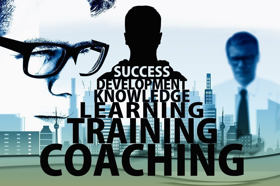 Online coaching and consulting: 1 huge way to make money