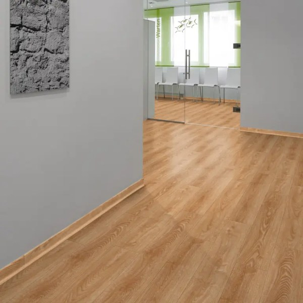 Arztpraxis mit Project Floors Click Collection_PW4011