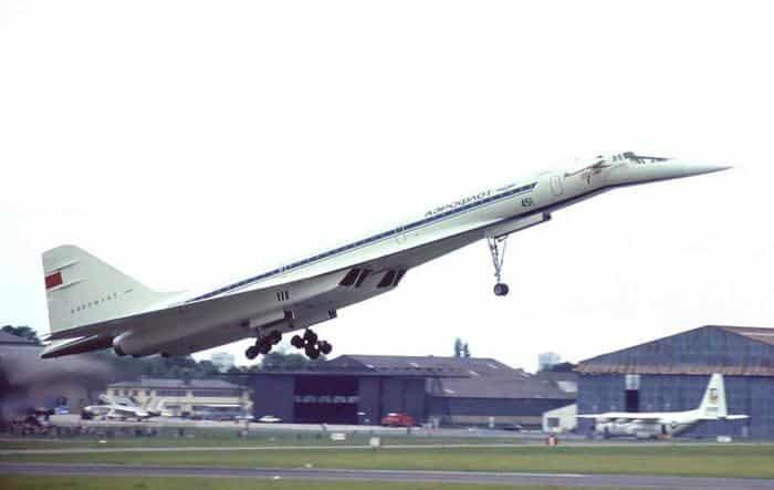 ТУ-144: Первый в мире сверхзвуковой пассажирский самолёт