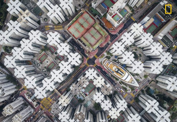 National-Geographic-Travel-Photographer-of-the-Year-winner-2017-Yourshot_TPOY_Cities_2nd_Yeung-1500x1031
