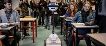 un-robot-en-classe