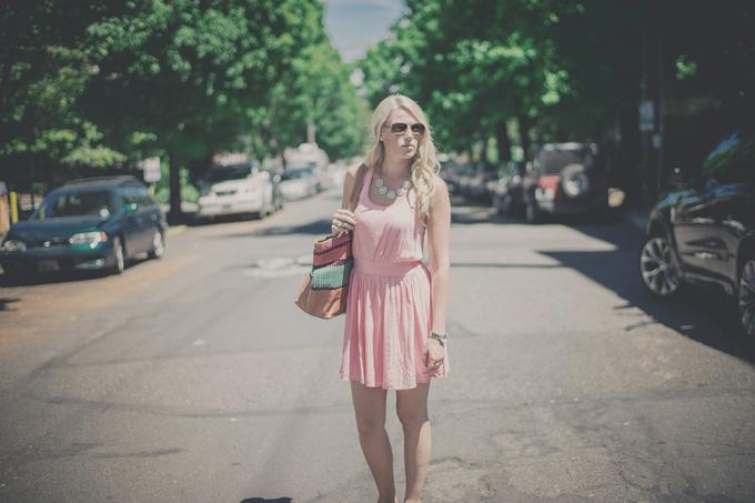 Kleid Rosa Urlaub
