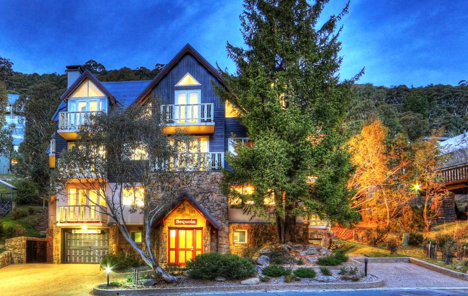 sequoia-penthouse-thredbo-building-night