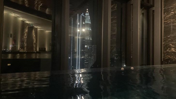 エレメントクアラルンプールから見るツインタワー