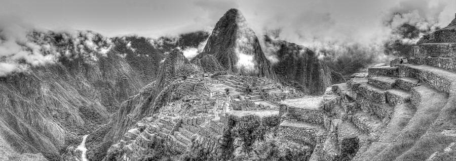 machu-picchu-black-and-white-panoramic-simon-northcott