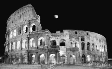ancient-rome-in-black-and-white-roman-colosseum-at-night-stefano-senise