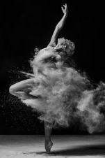 b0f66db17341dbccf61e31ba91fb8158--ballet-photography-photography-portraits