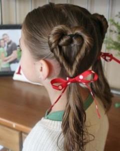 Прически для девочек на длинные волосы21